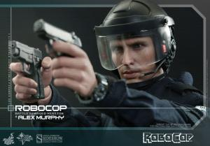 902285-robocop-battle-damaged-version-alex-murphy-022