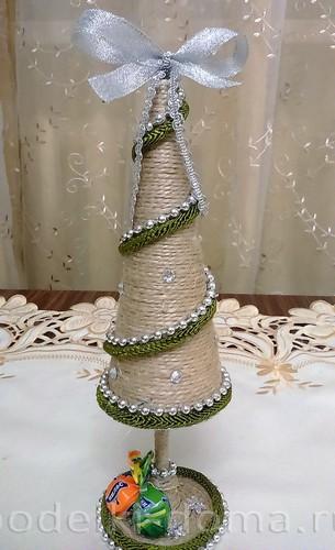 Árbol de navidad conos3
