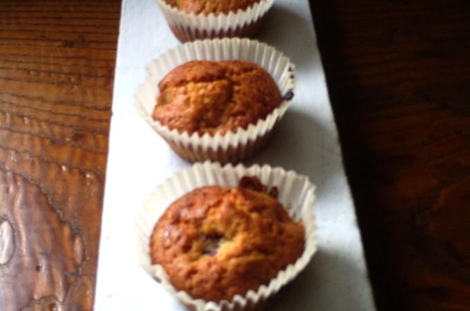 Muffins semi integrali alle more selvatiche, miele e zenzero