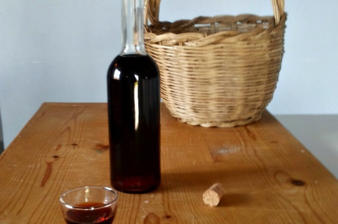 Liquore di foglie di Visciole