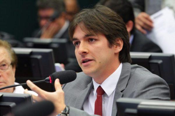 De malas prontas para o PPS, Pedro promete levar nomes de peso ao partido, dentre eles, o vice de JP