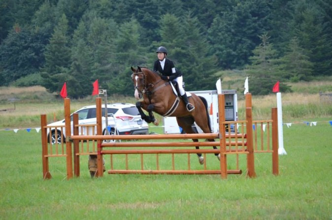 huxley-show-jumping