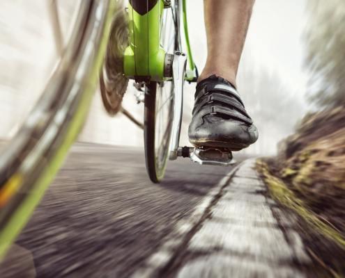Vélo pédale pied