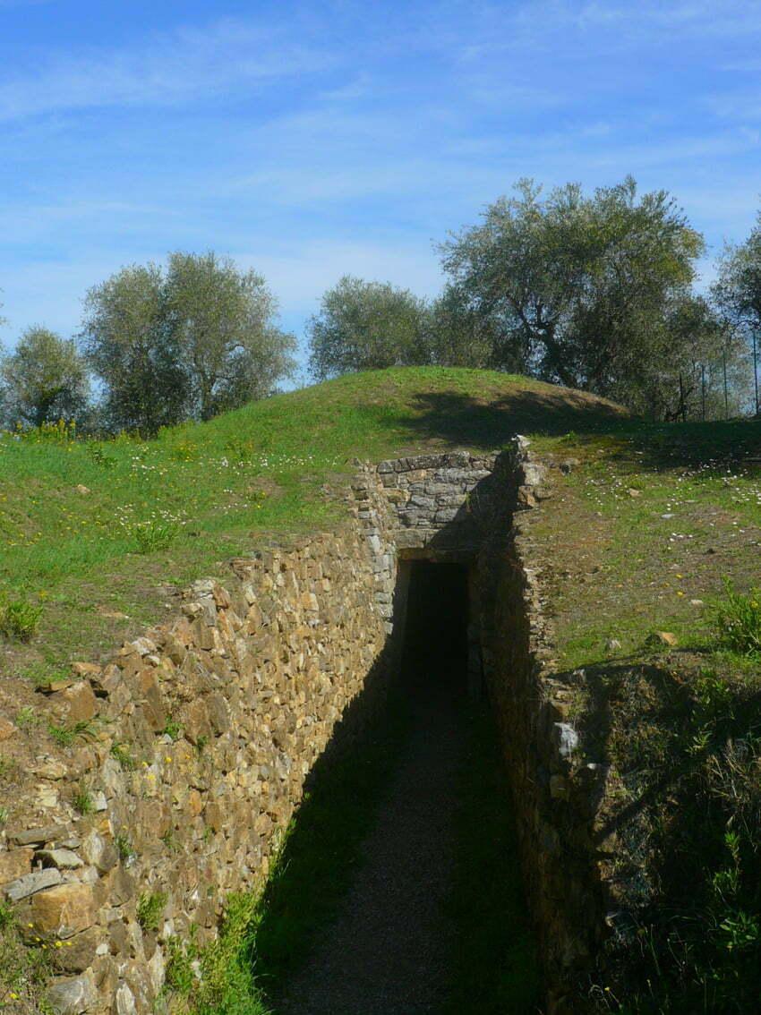 Vetulonia - grobowiec tumulusowy