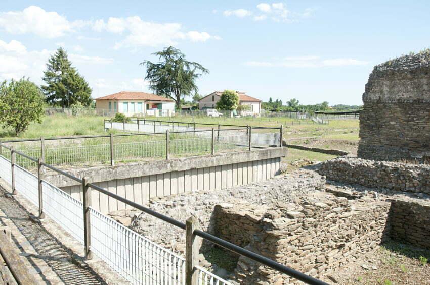 Luni: rzymska kolonia wybudowana z marmuru karraryjskiego