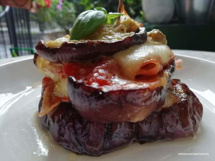 Wegetariańska parmigiana z pieczonych bakłażanów
