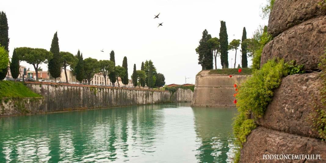 Peschiera del Garda   Miasto otoczone starożytnymi murami