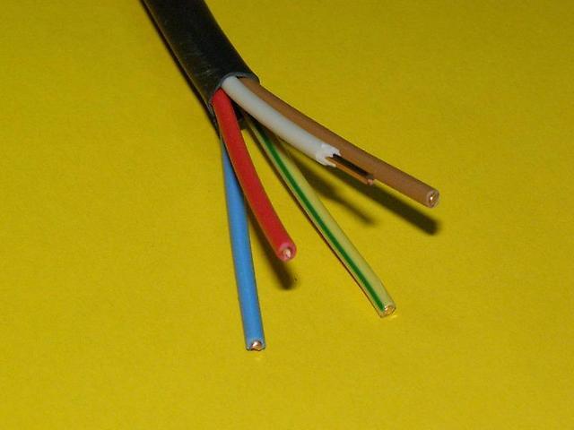 Цветовая маркировка изоляции жил проводов