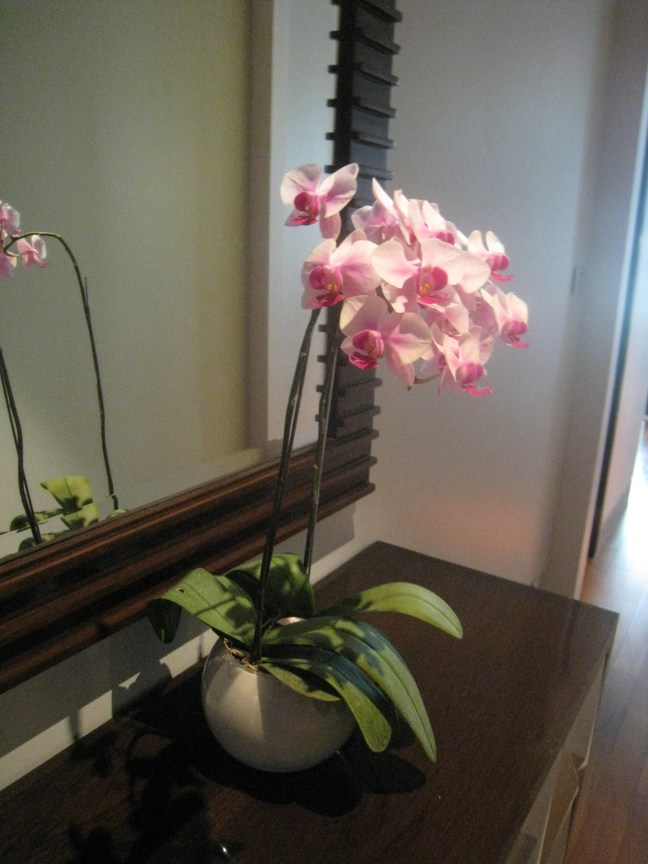 Flowers in the Caroline Astor Suite, St. Regis, Bangkok
