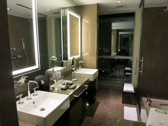 Westin Lima Hotel and Convention Center bathroom