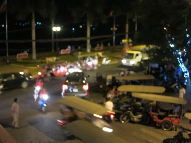 Phnom Penh tuk tuk traffic jam