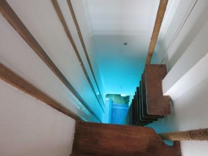 Pemba underwater room - ladder