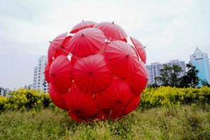 umbrellas-red