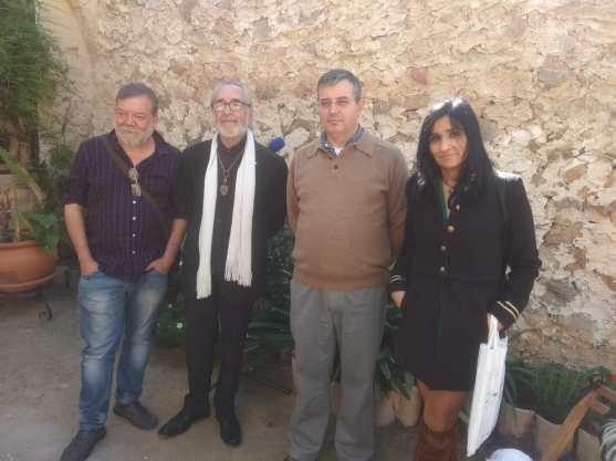 Los tres participantes de Ciudad Real Mayu Redondo, Luís Molina y yo (Paco Doblas) junto con el director de la Casa Museo Miguel Hernández