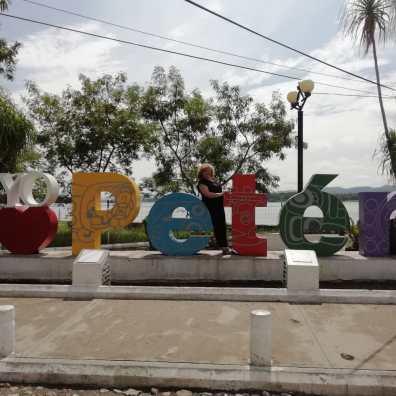 Llegada a Petén, Isla de Flores