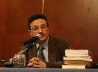 Il critico letterario Massimo Onofri durante una conferenza