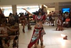Taniec rytualny dziewicy przeznaczonej na ofiarę dla bogów. The dance of a virgin destined for the death.
