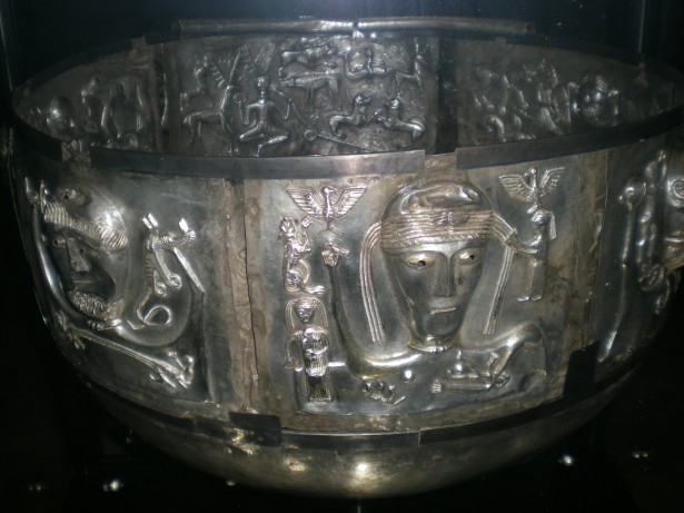 viking-ritual-bowl
