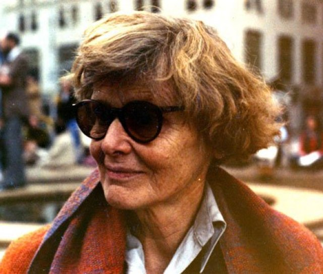 Betty Kray Dubbed Bettissima By E E Cummings Was A Great Unsung American Cultural Worker A Visionary Arts Administrator Elizabeth Kray