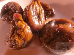 pofta-buna-gina-bradea-tort-ganache-ciocolata-smochine.jpeg (3)