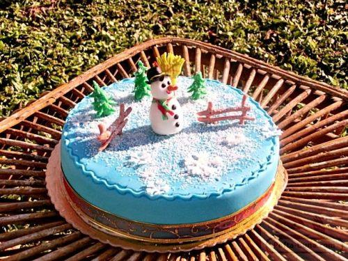pofta-buna-gina-bradea-tort-pasta-de-zahar-iarna-mousse-diplomat.jpeg (3)