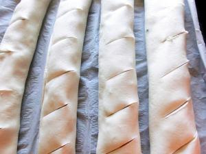 pofta-buna-gina-bradea-strudel-rapid-pizza-cu-foietaj (1)