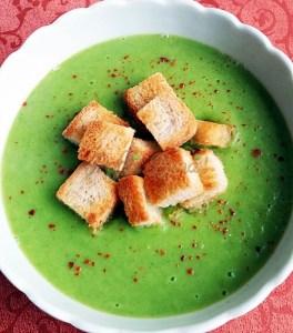 Supa crema de brocoli cu crutoane! -Camelia Fechete