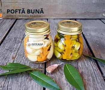Usturoi marinat, murat, in ulei sau otet, reteta italiana
