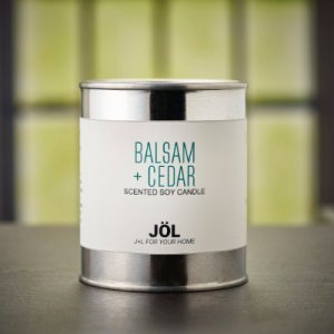 Balsam + Cedar Scented Candle Holiday 2020