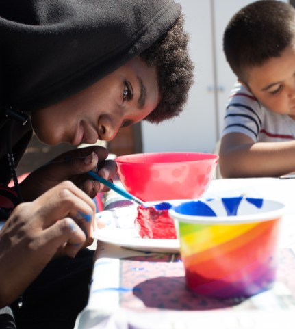 Free art programming at Elm Playlot