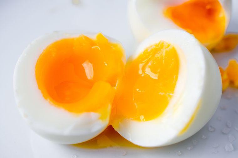 Более подробно про калорийность жареных яиц. Калорийность куриных яиц (жареных)