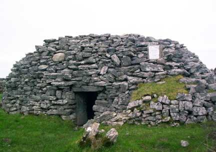 aran-islands-hermits-cave