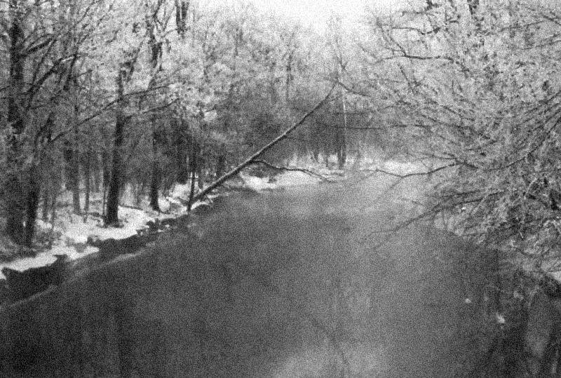 limda-river-film-grain3