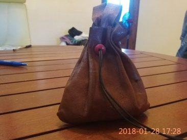 télécharger patron pdf libre et gratuit bourse plate de ceinture - maroquinerie et travail du cuir - point sellier
