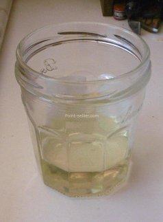 Préparer le mélange huile de lin et térébenthine