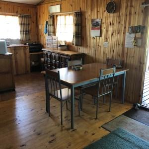 Cabin4 kitchen