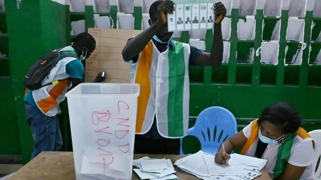 Côte d'Ivoire le parti au pouvoir obtient la majorité aux élections législatives