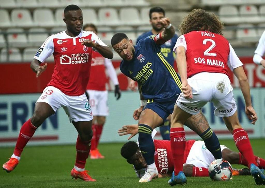 Lyon arrache le nul mais perd deux points à Reims