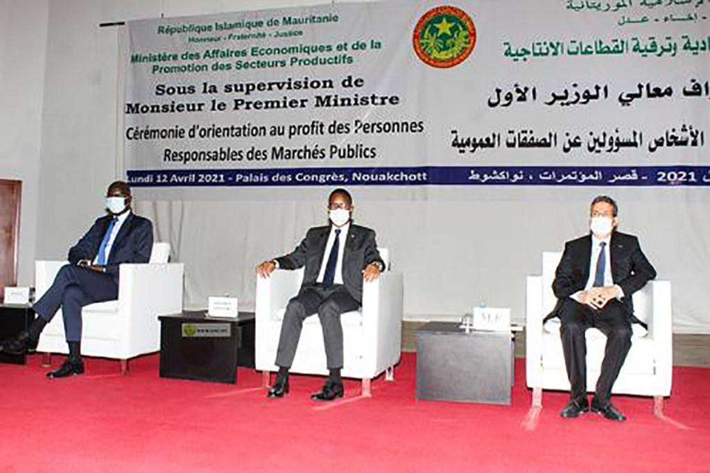 Cérémonie d'orientation des responsables des marchés publics