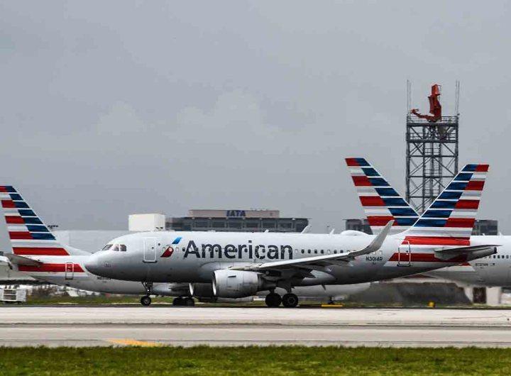 Les Etats-Unis maintiennent les restrictions aux voyages internationaux en raison du variant Delta