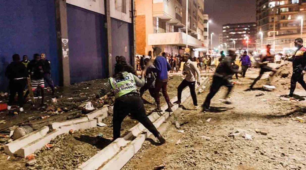 Les violences en Afrique du Sud ont fait plus de 117 morts, calme relatif à Johannesburg