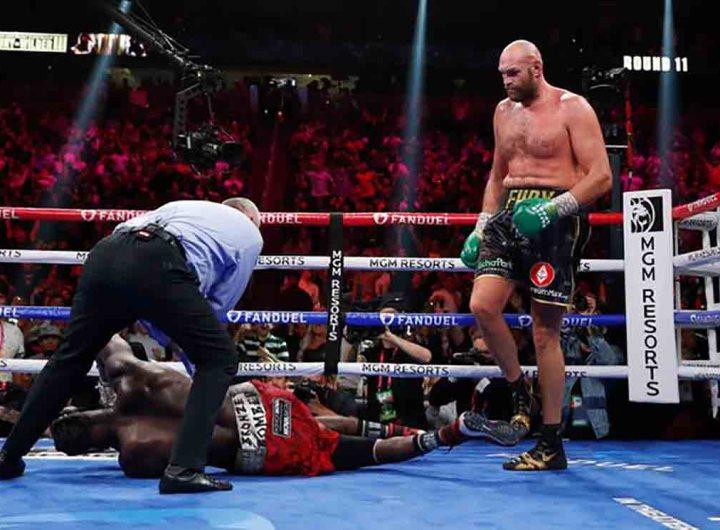 Boxe : Tyson Fury conserve sa ceinture WBC des poids lourds en battant par KO Deontay Wilder