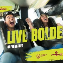 LIVE BOLDER EDSA BGC Light Box-Seven AD-061017