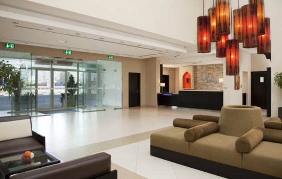 Holiday Inn Express Dubai Jumeirah Lobby