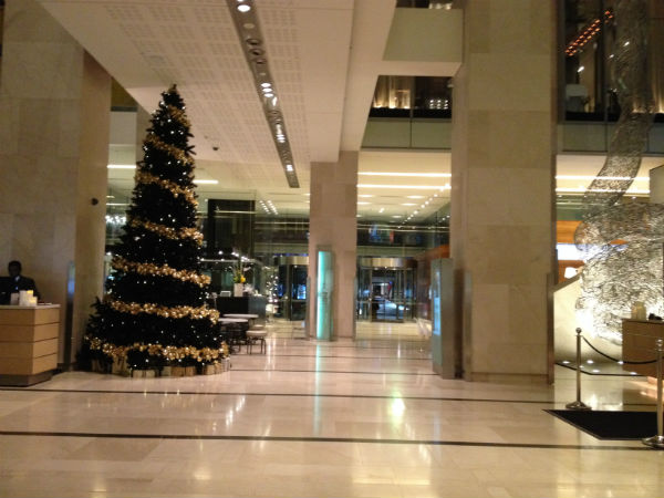 Review: Hilton Sydney Lobby