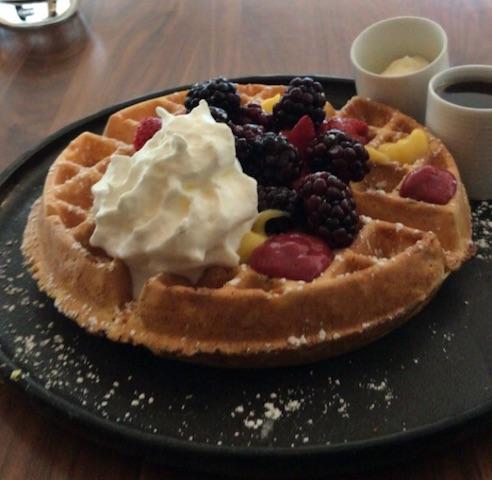 Review Conrad Chicago Baptiste & Bottle Breakfast