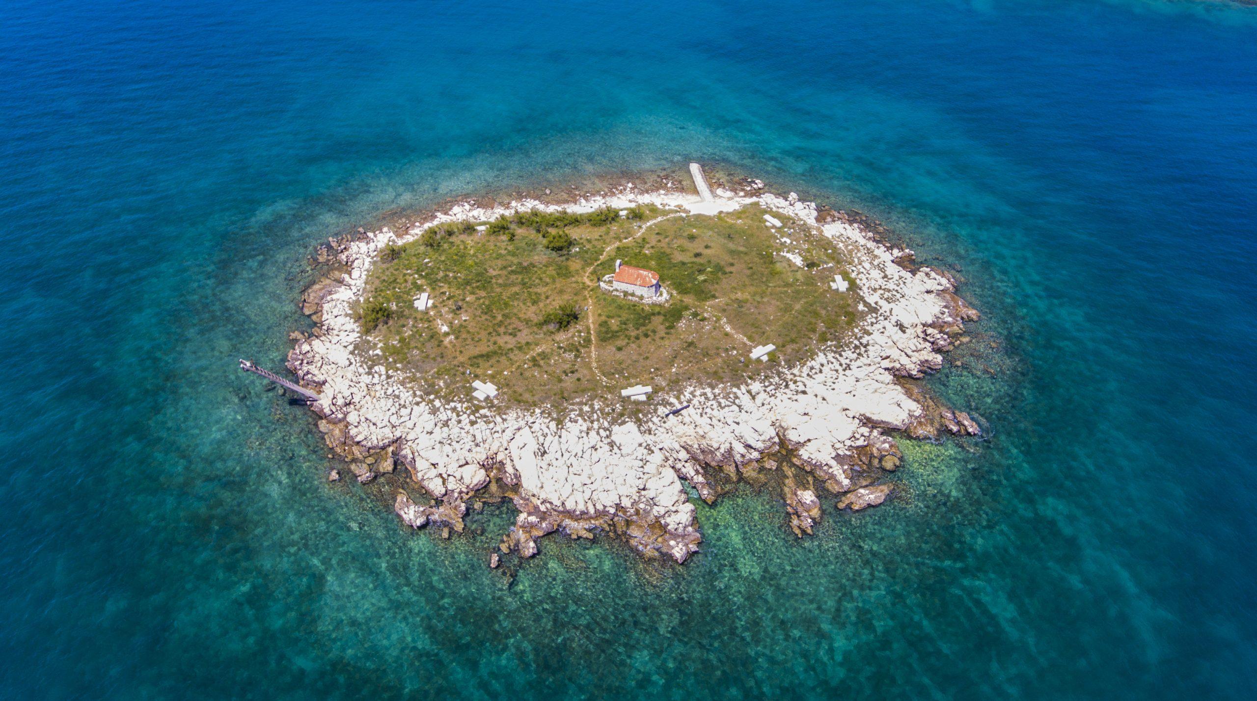 novivinodolski-otocic-pointers-travel