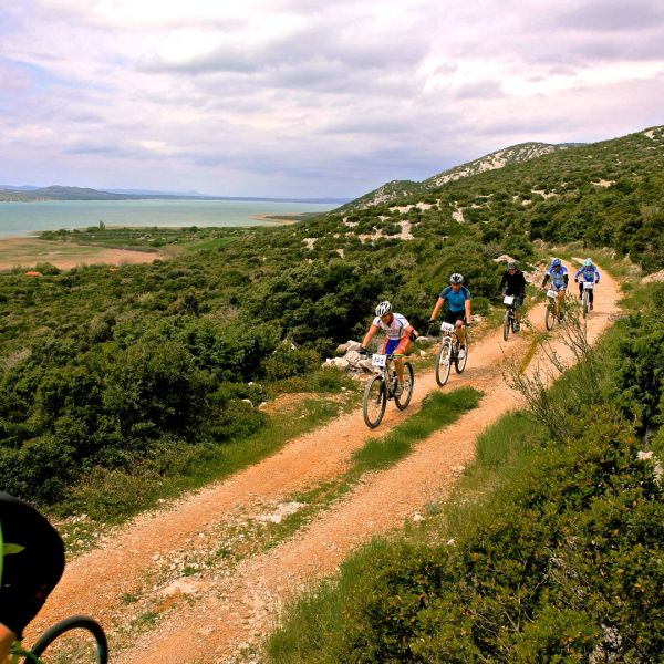 riviera-biograd-cycling-pointers-travel
