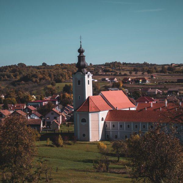 monastery-accommodation-pointers-travel