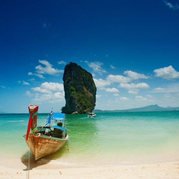 phuket-beach-sea-pointers-travel